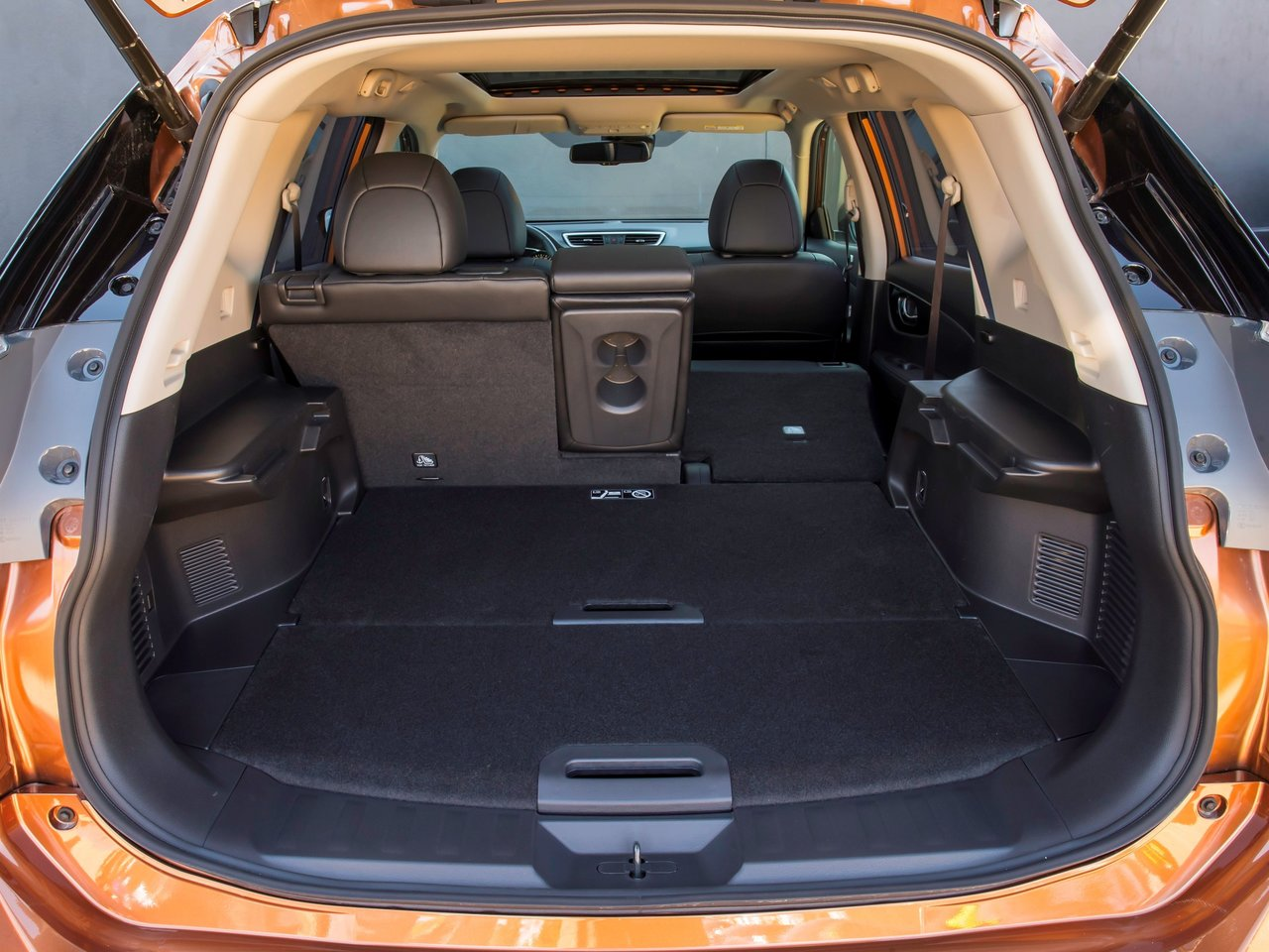 Багажник Ниссан Х-трейл 2018 года