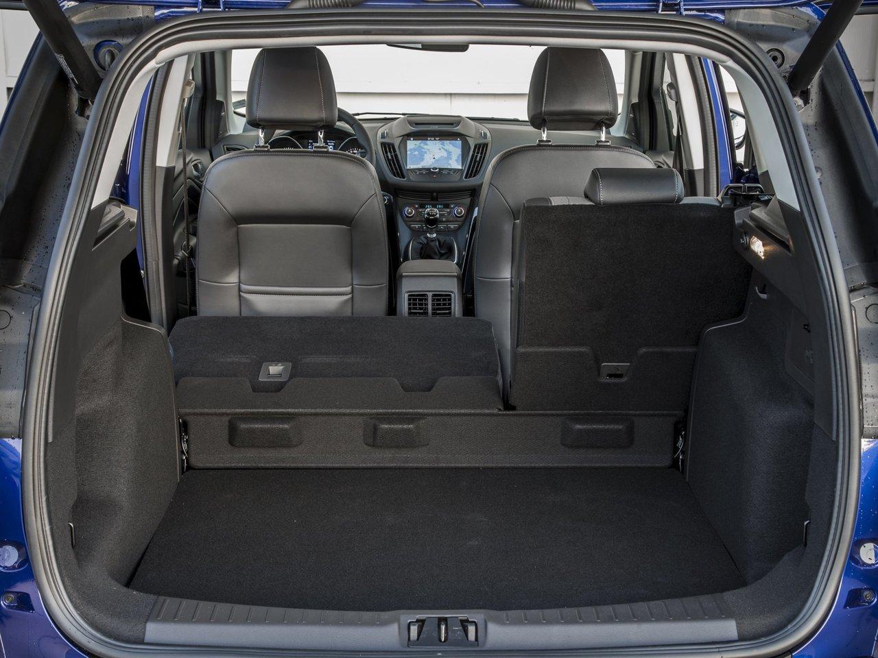 Багажник Форд Куга 2018 в новом кузове