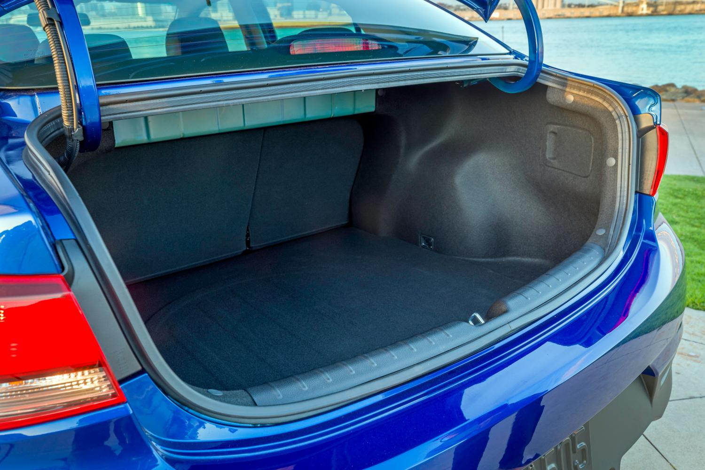 Киа Рио седан - багажник